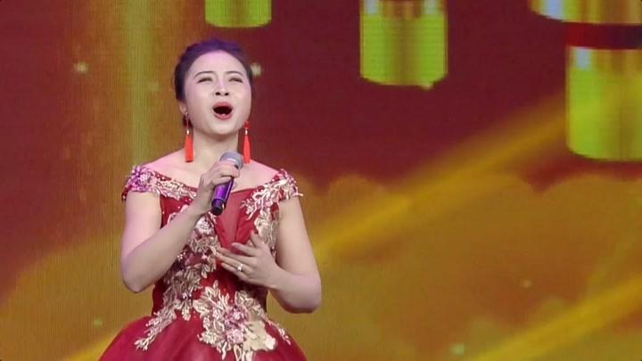 西南大學青年聲樂教師李靜參加2020網絡春晚獨唱《我愛你中國》