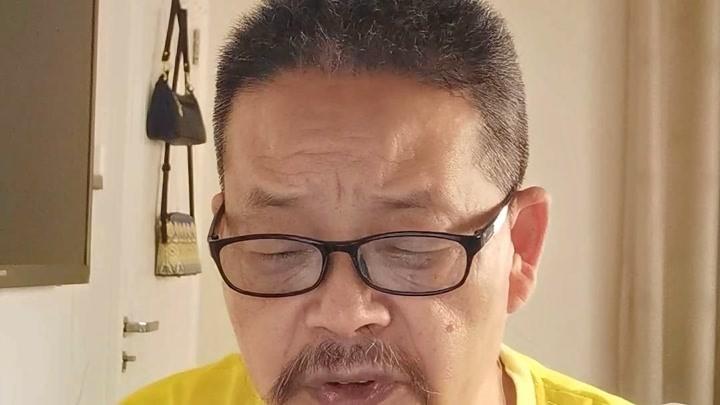 50后大叔挑戰羅振宇跨年演講