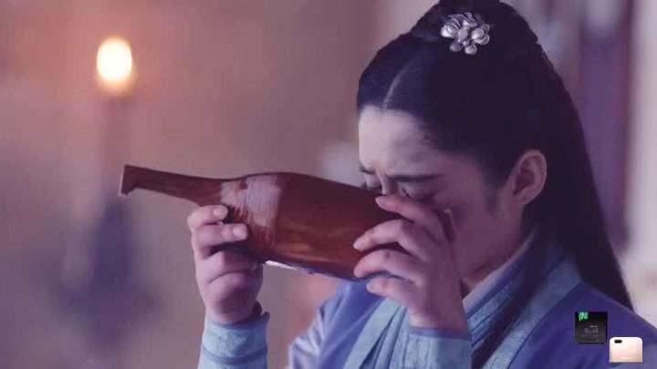 錦繡未央:奴婢嘲諷心機女喜歡喝她的洗腳水,心機女大怒離開!