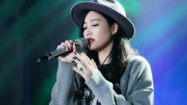 黃麗玲演唱《給我一個理由忘記》,開口太好聽了,忍不住單曲循環